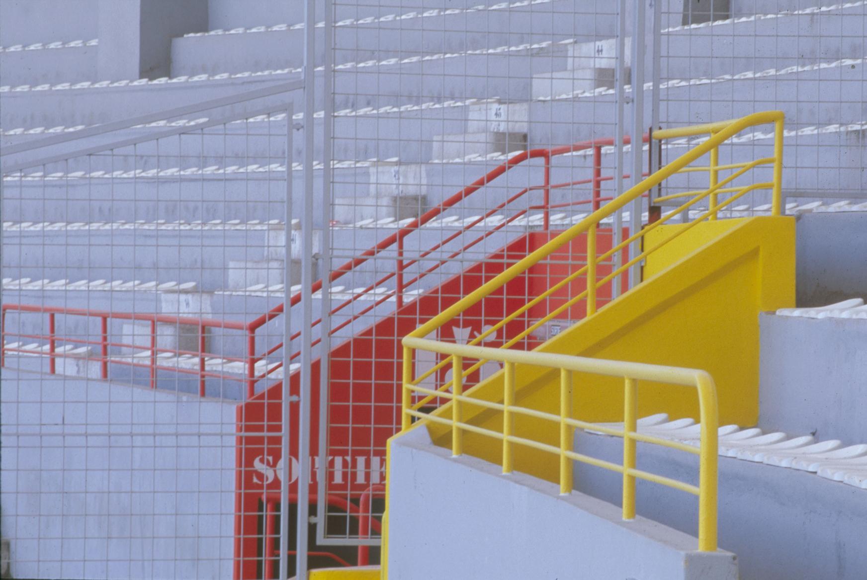 Stadium TOULOUSE-mise en couleur des exutoires-arch Pierre FERRET